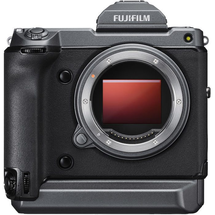 Fuji Unveils 102MP GFX100 Medium Format Camera